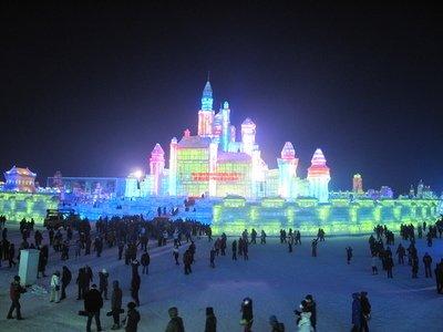 2017哈尔滨冰雕鹅图片